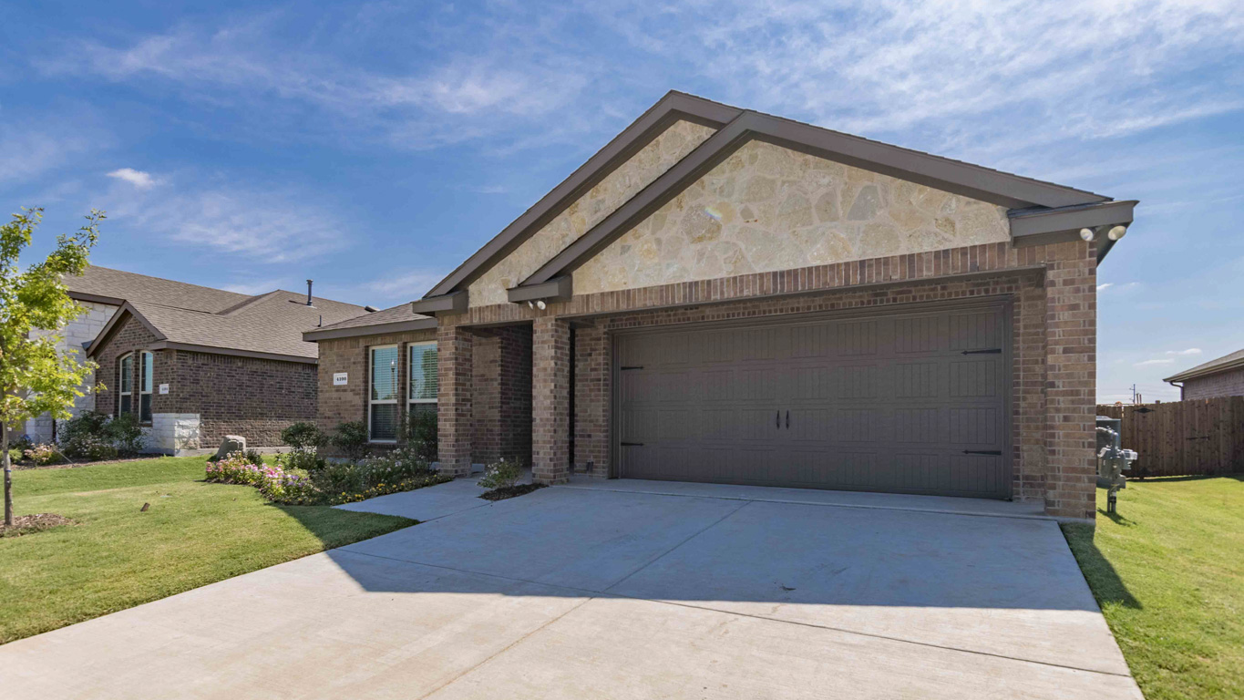 New Homes In Woodcreek Fate Tx D R Horton