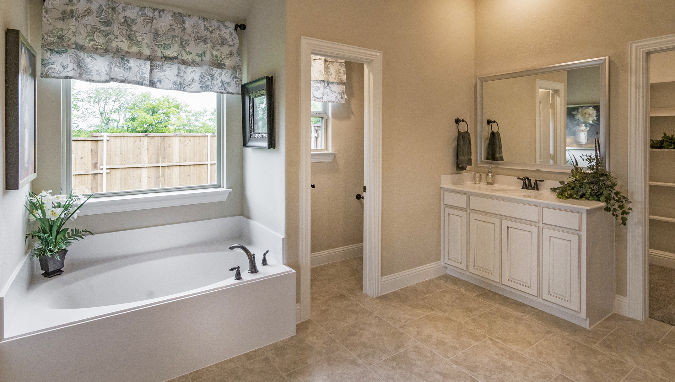 Fontanna Ranch Model Master Bath