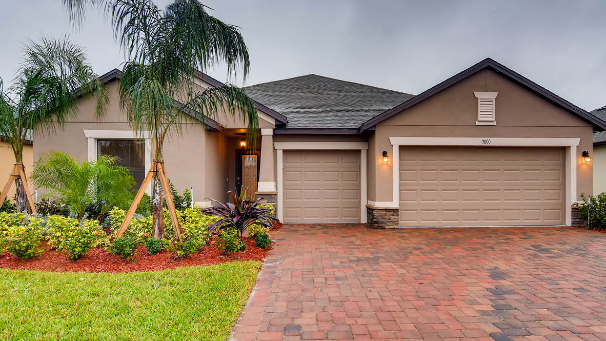 New Homes In Stonebriar At Bayside Lakes Palm Bay Fl D R Horton