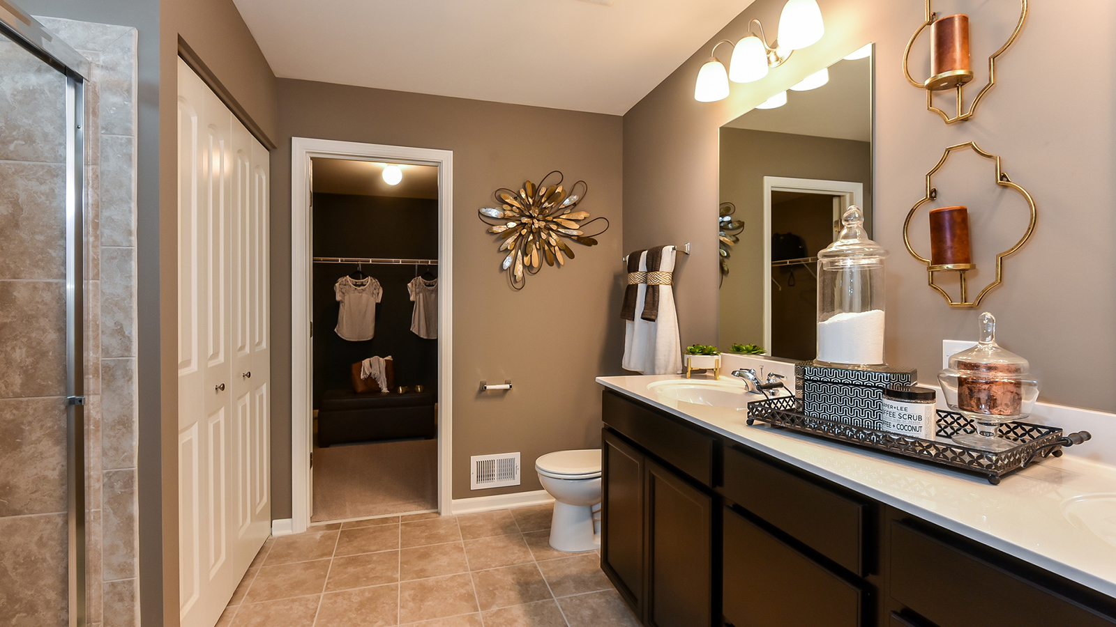 The Master Bathroom Of The Glenmont A 2 630 Square Foot