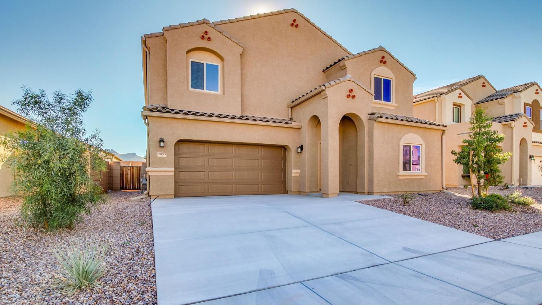 D.R. Horton Vahalla Ranch Estates Pueblo - Plan 4081 Plan