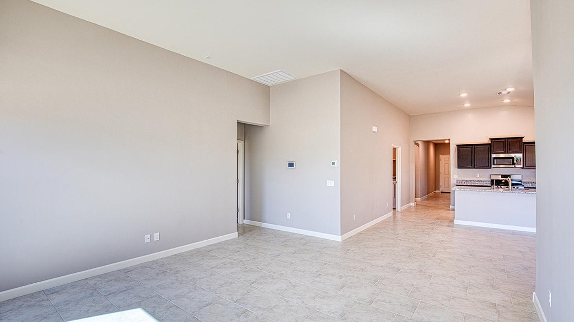 D.R. Horton Santa Cruz Meadows Ocotillo - Plan 4052 Plan